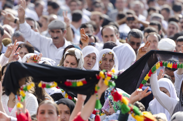 Kurdish women protesting